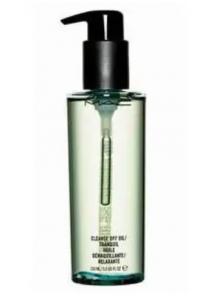 Medium: MAC Cosmetics Cleanse Off Oil